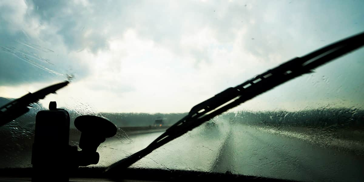 winter-safety-check-wipers